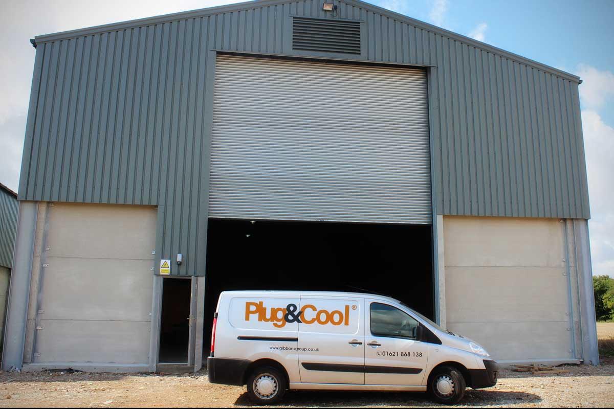 PlugAndCool empty barn